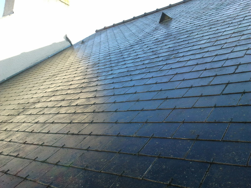 nettoyage toiture karcher nettoyage toiture comment s 39 y prendre quelles sont les astuce. Black Bedroom Furniture Sets. Home Design Ideas