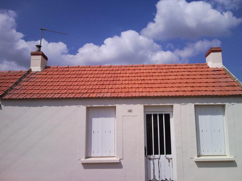 nettoyage toiture karcher nettoyage toiture comment s 39 y prendre et quelles sont troc. Black Bedroom Furniture Sets. Home Design Ideas