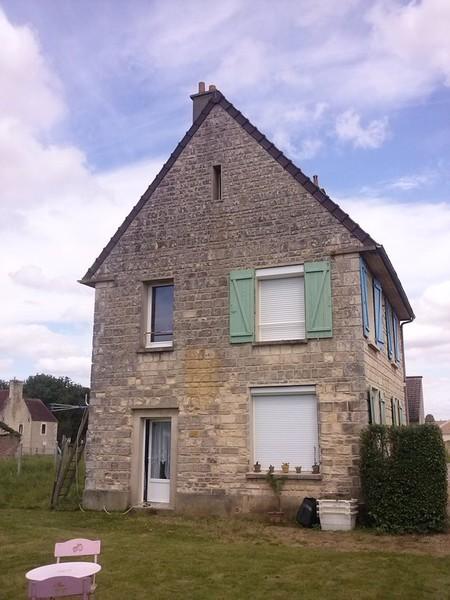 Hallez entretien votre maison nettoyage fa ade pignon for Entretien facade maison